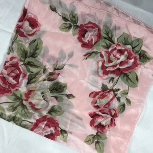 Accessories - Pink flowery scarf, satiny n silky